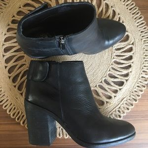 Vince Camuto • Black Buttery Soft Leather Bootie